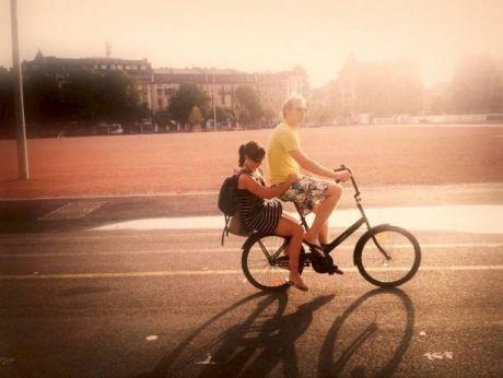 Sunset & Jopo bike ride on Plaine de Plainpalais