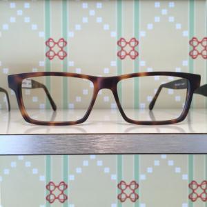 MANU PROPRIA: individuelle Brillen