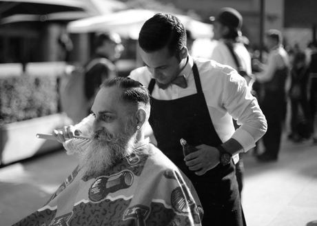 Barber Paradox : The Barber Paradox Coiffeur in Z?rich Ron Orp