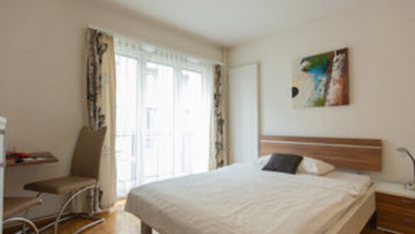 Furnished apartment with balcony in the heart of the city